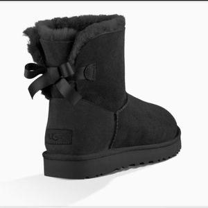 UGG Mini Winter Boot